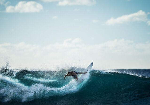 Un surfeur (image d'illustration)