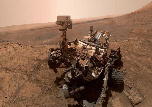 Le rover Curiosity prend un selfie, 11 octobre 2019