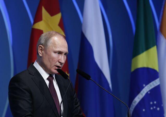 Vladimir Poutine intervient avant le 11e sommet des BRICS, mercredi 13 novembre