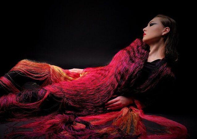 Un châle Histoire d'amour de la Maison de couture Elena Tkatchenko