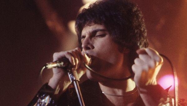 Freddie Mercury en 1977 - Sputnik France