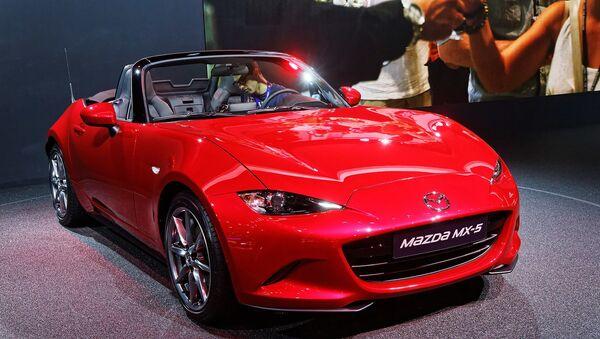 Une Mazda MX-5 présentée lors du mondial de l'automobile de Paris 2014. - Sputnik France
