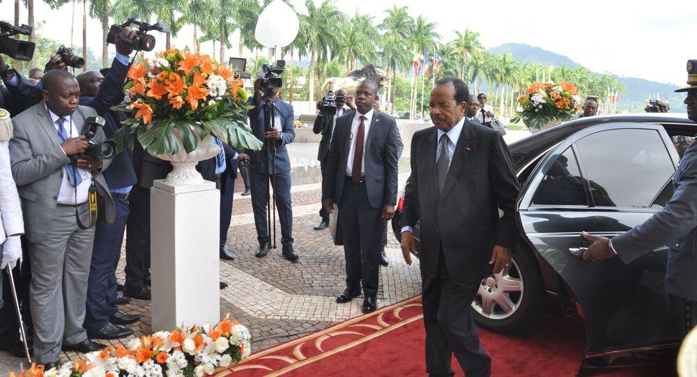Arrivée du Président camerounais Paul Biya, également président de la Cemac, au sommet extraordinaire de la Cemac à Yaoundé le 22 novembre 2019.