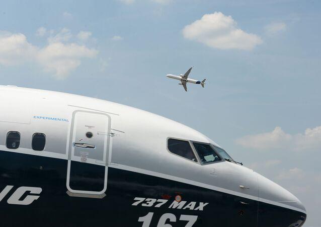 Airbus A321 et Boeing 737 MAX 9