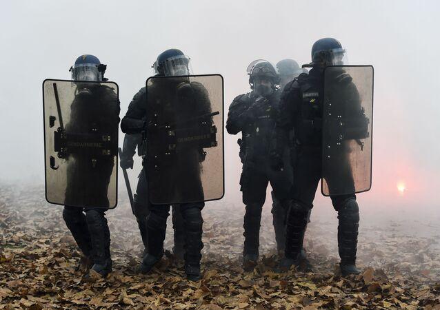 Les gendarmes à Nantes, le 5 décembre 2019