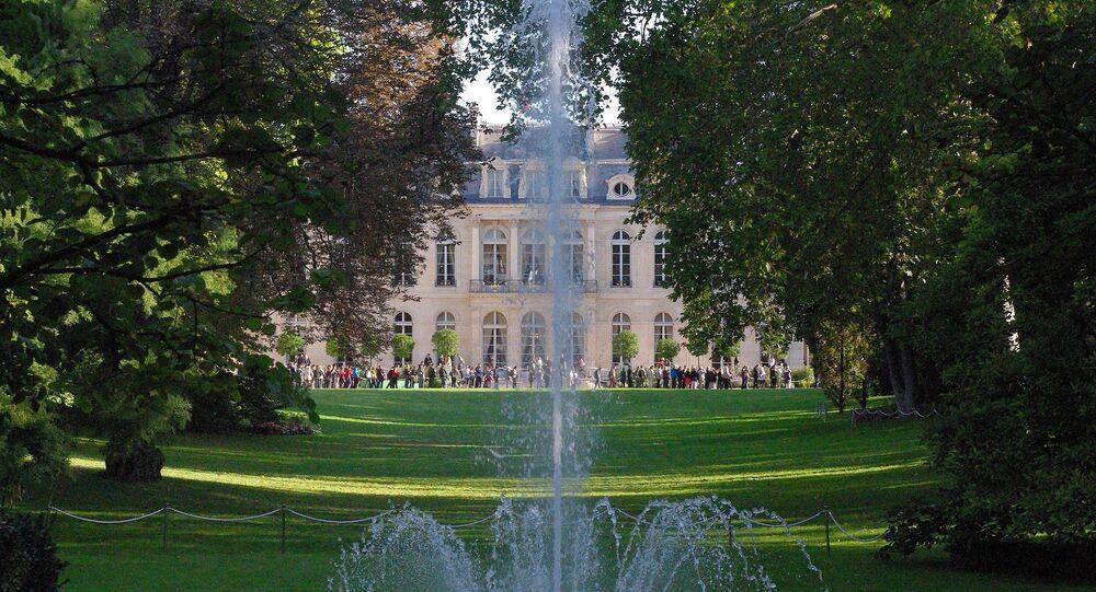 Vue du palais de l'Élysée depuis ses jardin