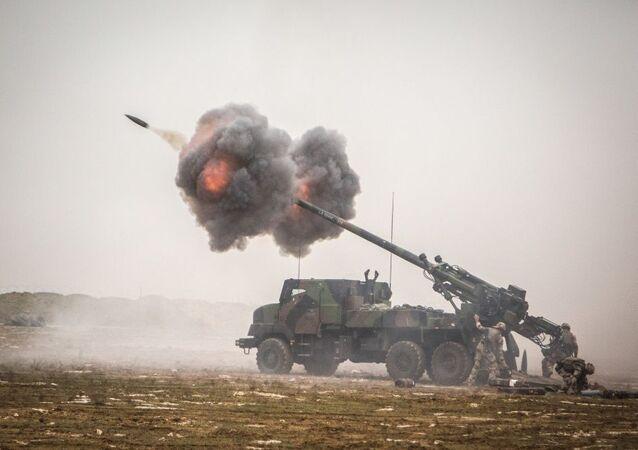 Un camion militaire d'artillerie Caesar (image d'illustration)