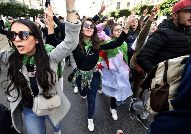 Une action de protestation à Alger à la veille de la présidentielle