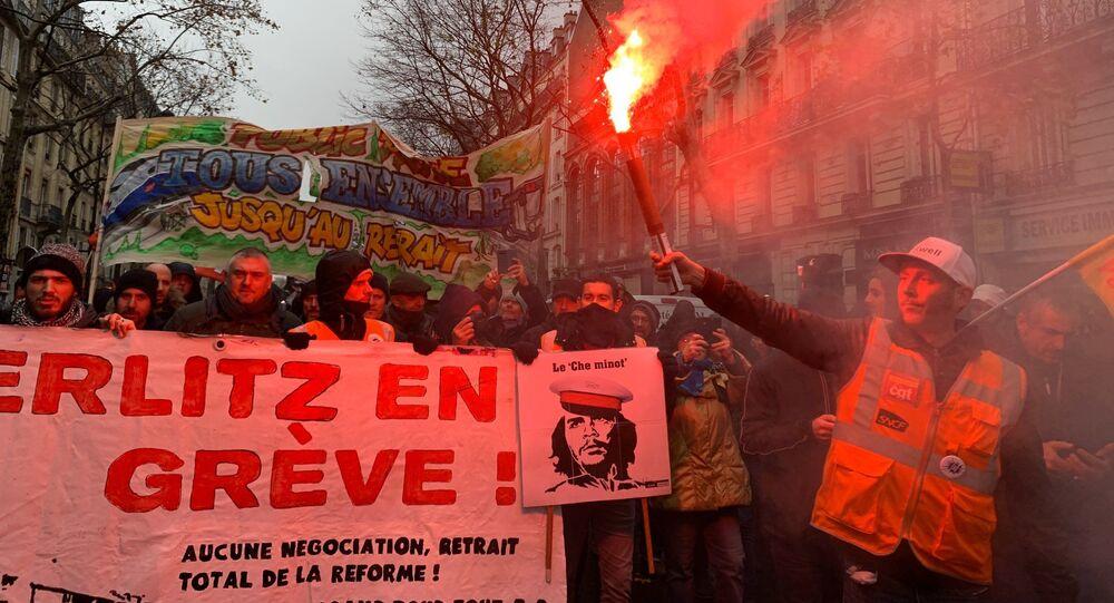 Manifestation à Paris contre la réforme des retraites, place de la Nation, 12 décembre 2019