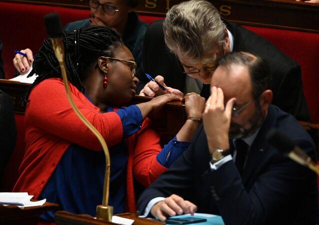 Le Premier ministre Édouard Philippe, le haut-commissaire aux retraites Jean-Paul Delevoye et la porte-parole du gouvernement Sibeth NDiaye.