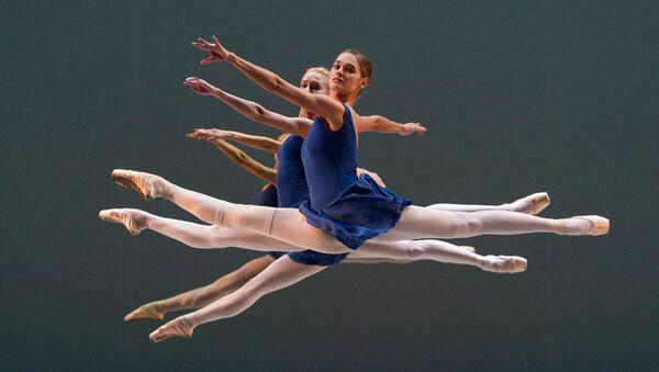 Les élèves de l'Académie du ballet russe Vaganova lors d'une répètition - Sputnik France