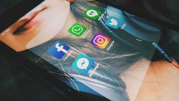 Messageries et réseaux sociaux - Sputnik France