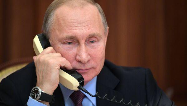 Vladimir Poutine lors d'un entretien téléphonique - Sputnik France