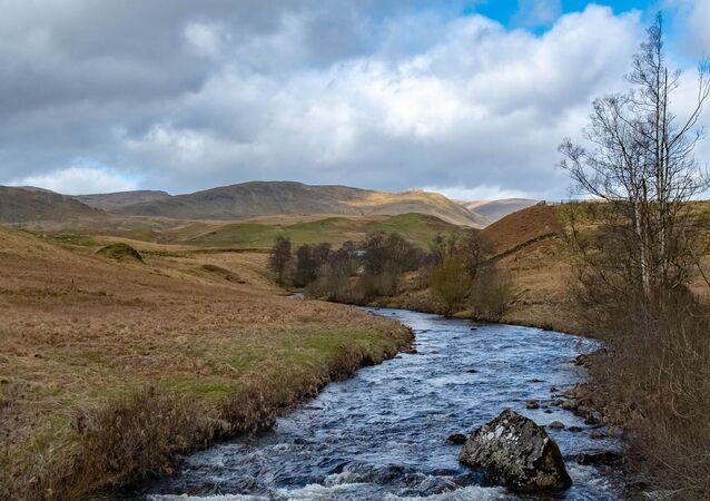 Rivière écossaise, image d'illustration