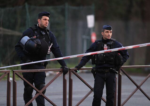 Police après l'attaque à Villejuif, le 3 janvier