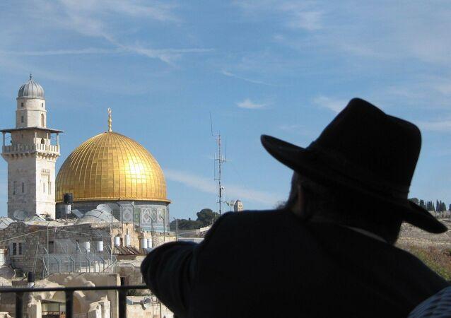 Un rabbin à Jérusalem (image d'illustration)