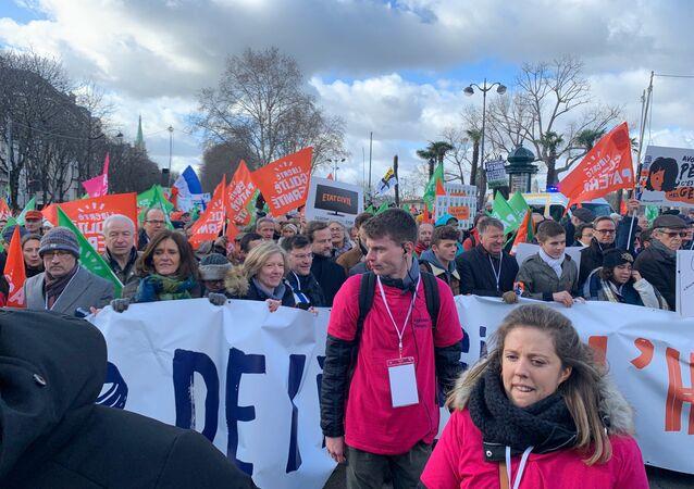 Rassemblement de la Manif pour tous contre la PMA à Paris