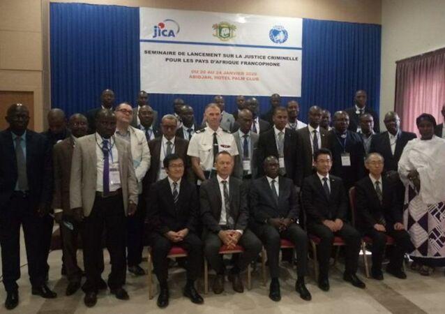 Les participants au séminaire de haut niveau sur la justice criminelle d'Abidjan, le 20 janvier 2020.