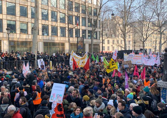 Nouvelle journée de mobilisation contre la réforme des retraites à Paris