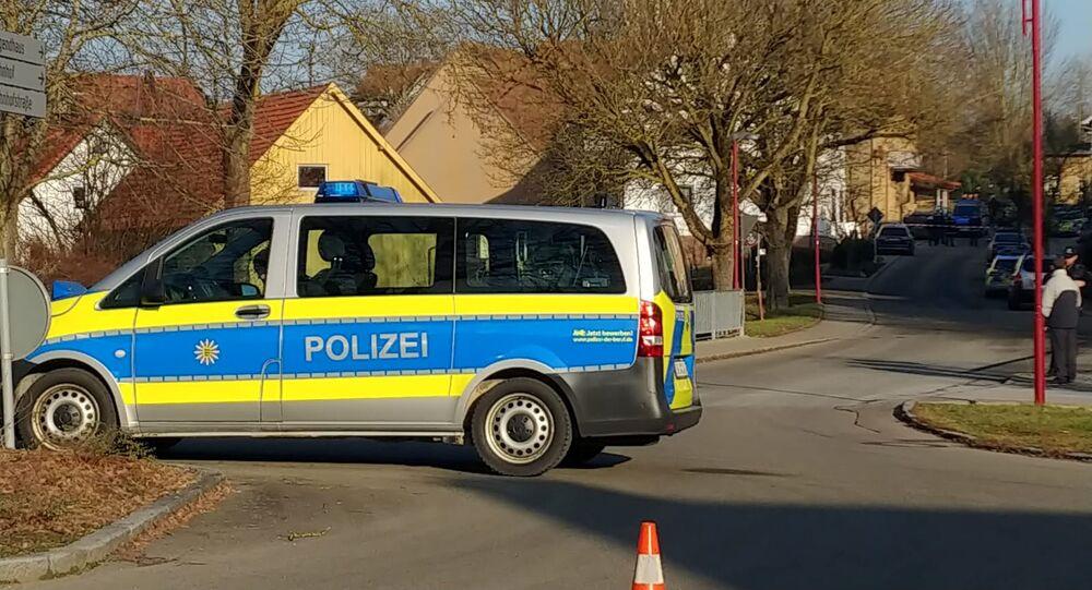 Une voiture de police près du lieu de la fusillade à Rot am See
