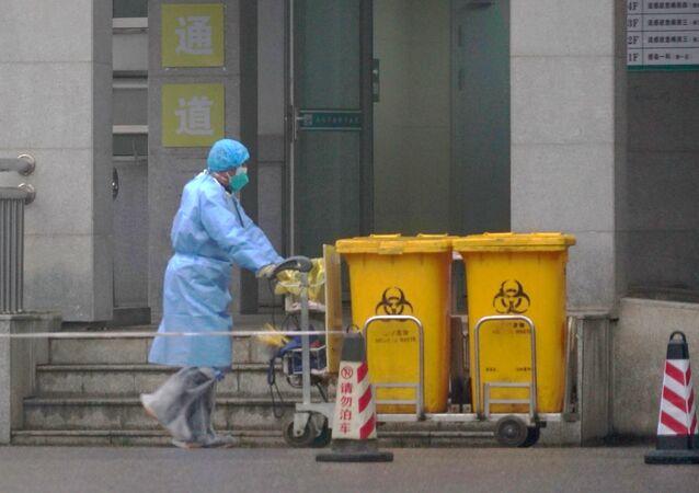 L'employé d'un hôpital à Wuhan pendant la pandémie de Covid-19 (archive photo)