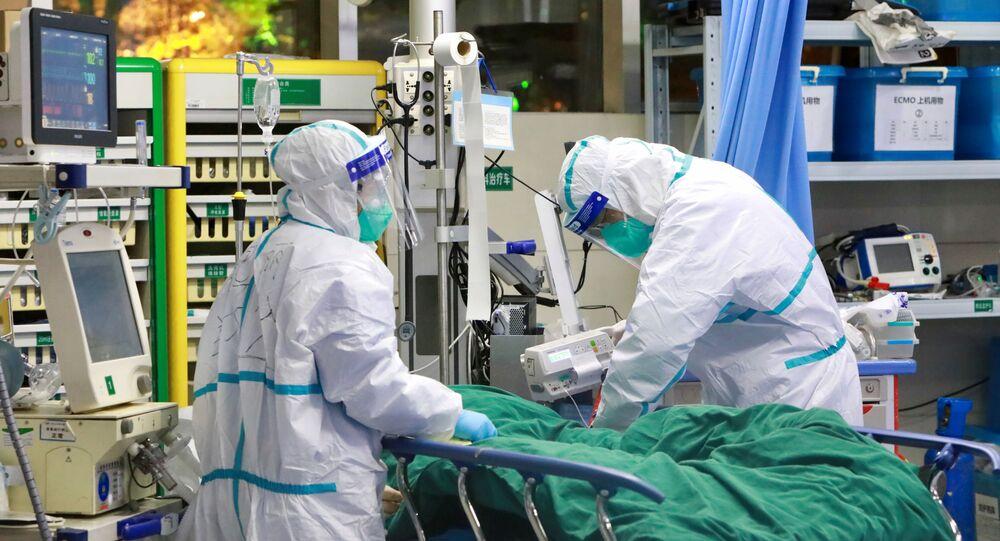 Des médecins dans un hôpital de Wuhan (photo d'archives)