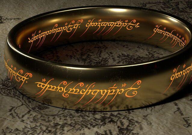 Un anneau de Sauron