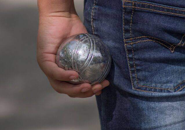 une boule de pétanque