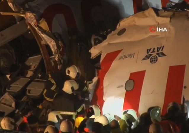 Atterrissage brutal du vol Izmir-Istanbul à l'aéroport international Sabiha Gökçen