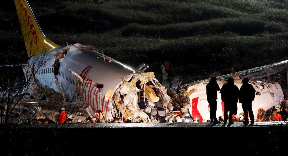 Boeing qui s'est disloqué à Istanbul
