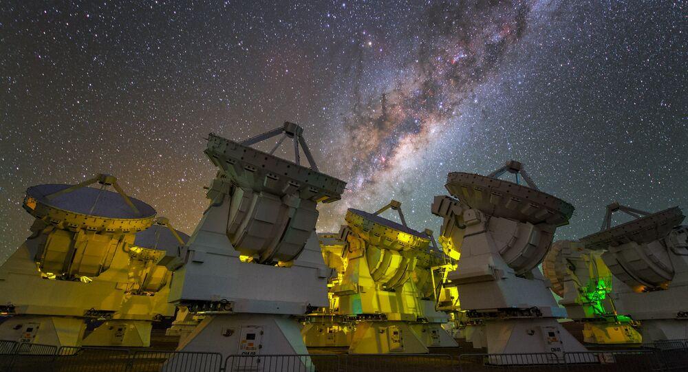 Grand réseau d'antennes millimétrique/submillimétrique de l'Atacama