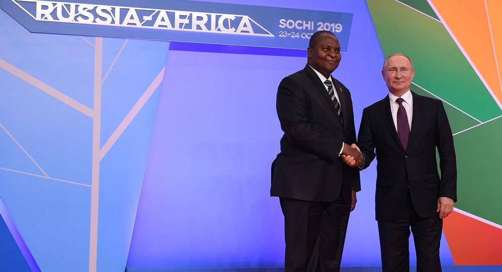 Poutine et le Président centrafricain Faustin-Archange Touadéra
