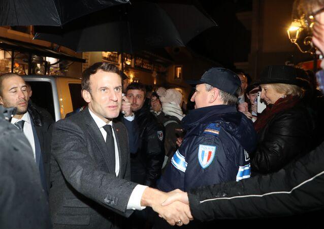 Emmanuel Macron lors de sa visite à Chamonix et dans le massif du mont Blanc