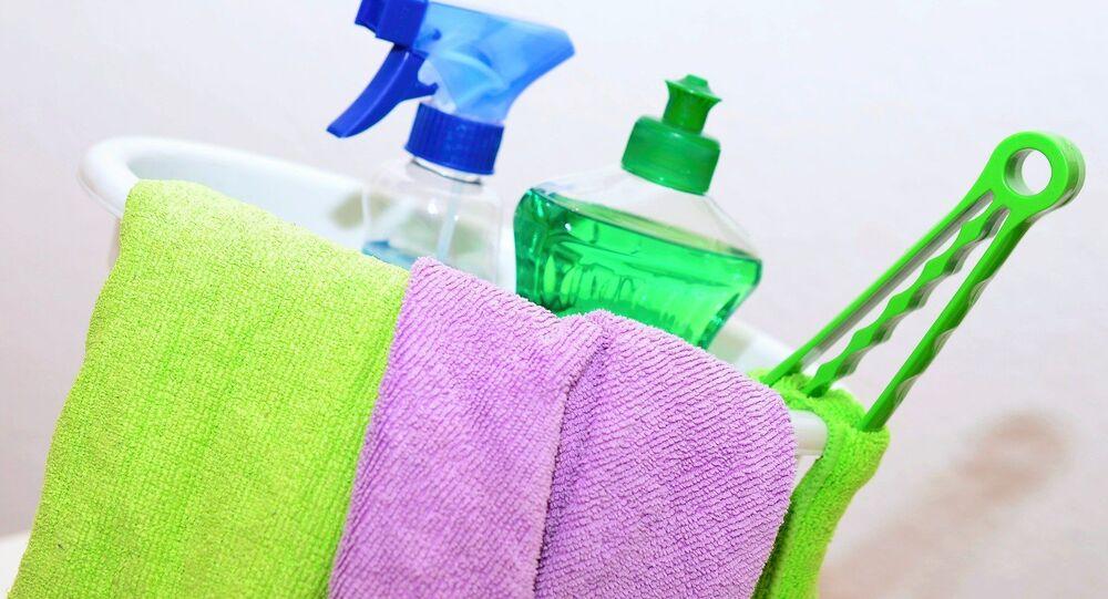produits de nettoyage, image d'illustration