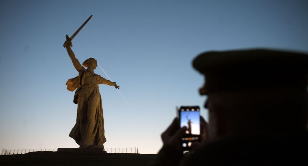 Le complexe commémoratif «Aux héros de la bataille de Stalingrad» sur Mamaev Kurgan