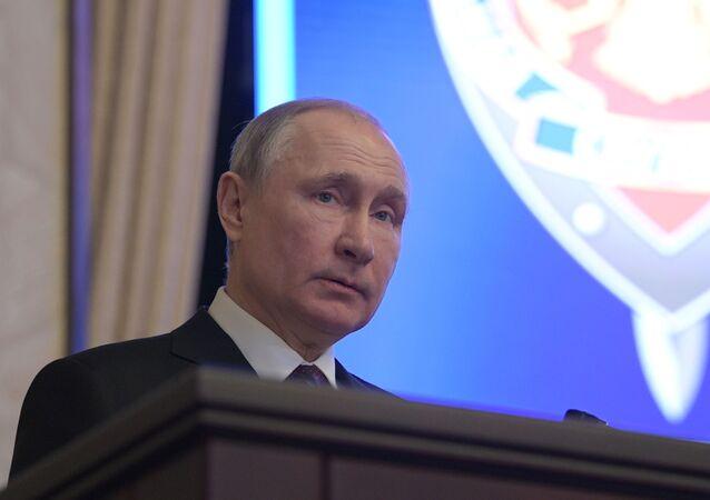 Vladimir Poutine participe à une réunion du collège du FSB, le 20 février 2020