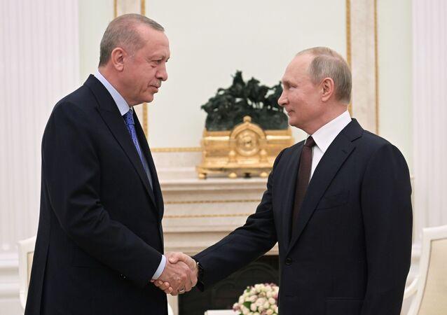Vladimir Poutine et Recep Tayyip Erdogan réunis à Moscou le 5 mars 2020