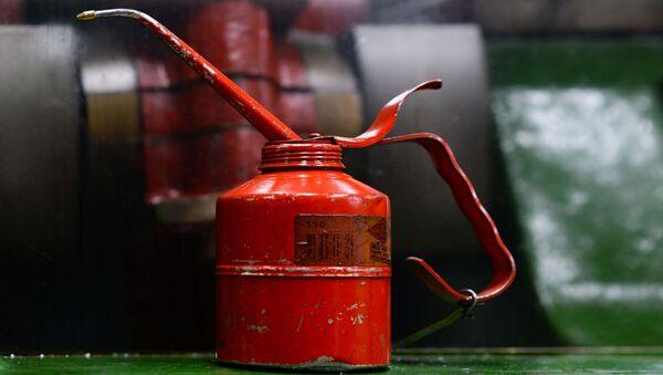 Bidon d'huile moteur (image d'illustration) - Sputnik France
