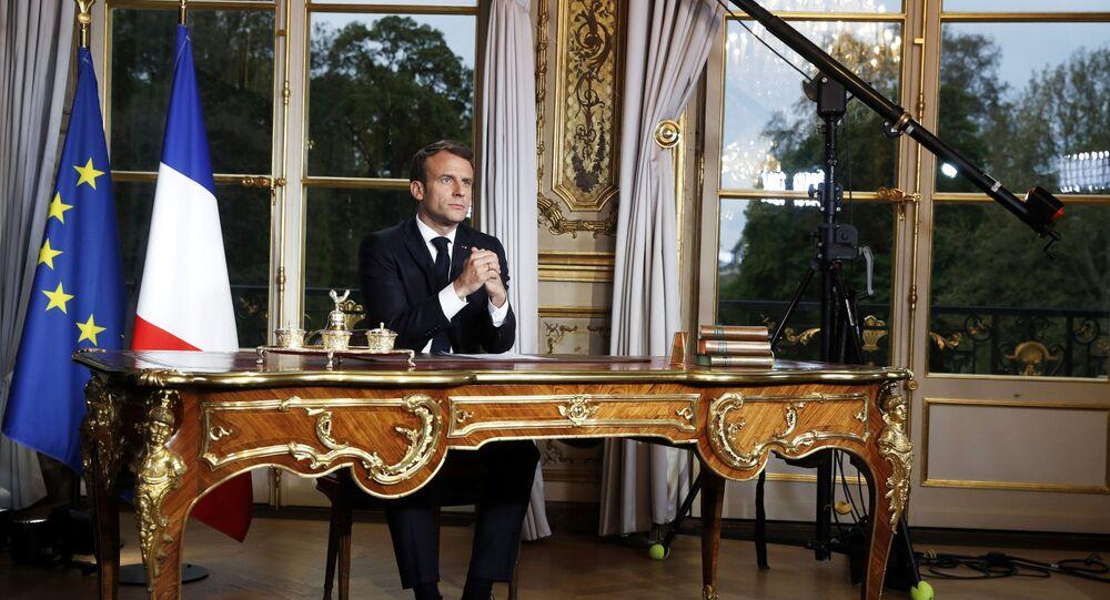 Emmanuel Macron, archives