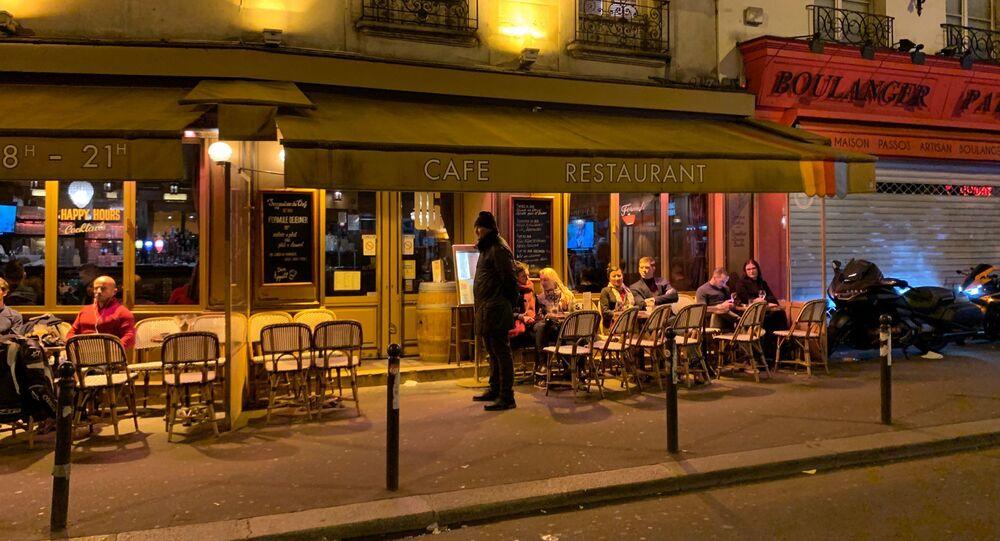 Fermeture des bars, cafés et restaurants à Paris en raison du Covid-19