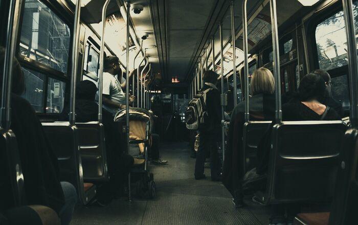 Un bus, image d'illustration