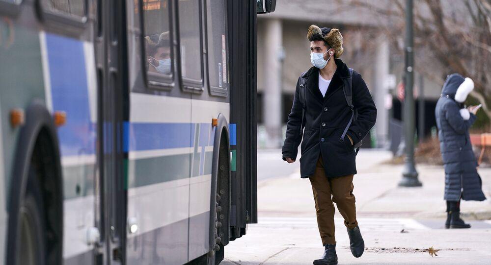 François Legault rappelle l'importance de porter un masque