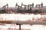 Champ de pétrole dans la région de Surgut, en Sibérie (Russie)