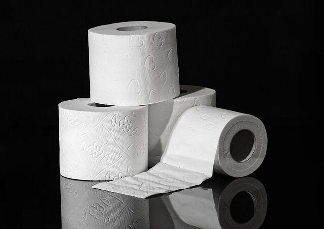 Un papier toilette