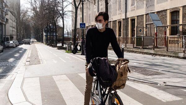 Une rue de Paris pendant le confinement sanitaire  - Sputnik France
