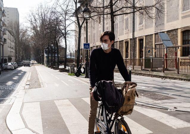 Une rue de Paris pendant le confinement sanitaire