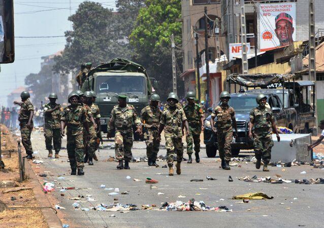 L'armée dans les rues de Conakry le 22 mars 2020.