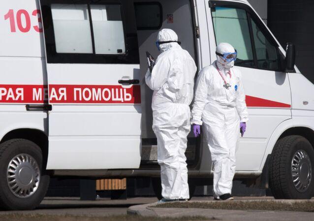 L'hôpital de Kommunarka où sont prises en charge des personnes contaminées par le coronavirus
