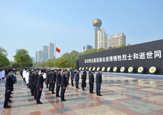 l'hommage des Chinois à leurs morts