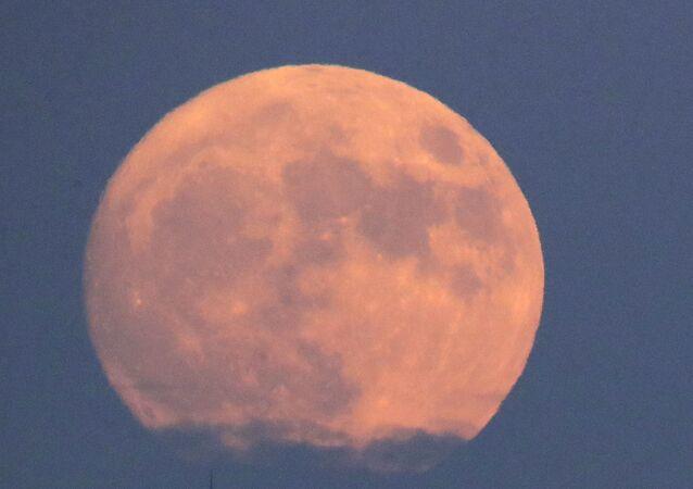 Une Superp lune (archives)